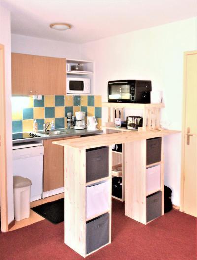 Rent in ski resort 3 room apartment 6 people (C99) - Résidence les Pistes - Le Corbier - Kitchenette