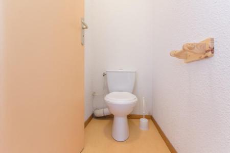 Rent in ski resort 2 room apartment 4 people (A10) - Résidence les Pistes - Le Corbier