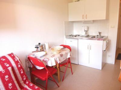 Rent in ski resort 1 room apartment 2 people (80) - Vostok Zodiaque - Le Corbier