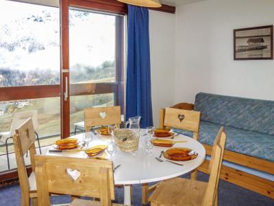 Rent in ski resort 2 room apartment 5 people (50) - Vostok Zodiaque - Le Corbier