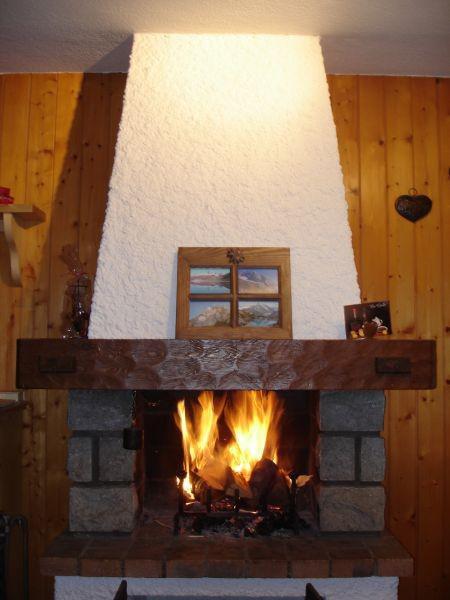 Location au ski Studio mezzanine 4 personnes (1) - Residence Bellachat - Le Grand Bornand - Cheminée