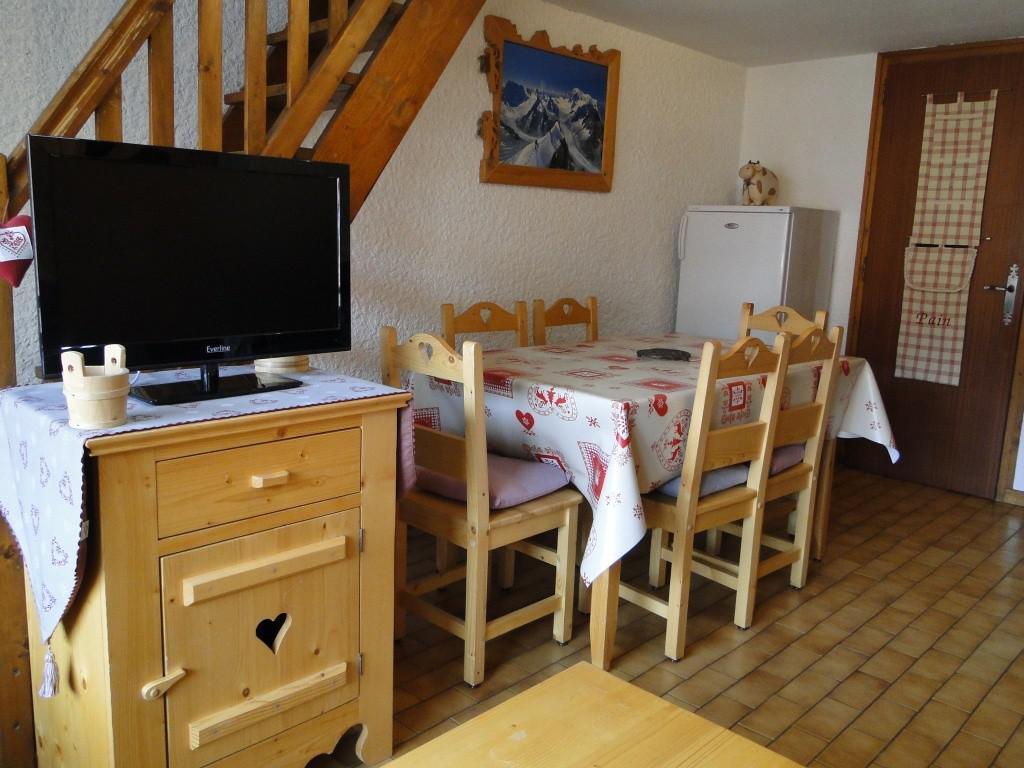 Location au ski Studio mezzanine 4 personnes (1) - Residence Bellachat - Le Grand Bornand - Tv