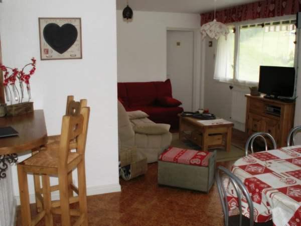 Location au ski Appartement 3 pièces 6 personnes (001) - Residence Les Dodes - Le Grand Bornand - Tv à écran plat