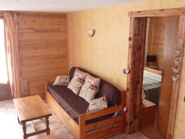 Wynajem na narty Apartament 2 pokojowy 4 osób - Chalet Ch'Armand - Le Grand Bornand - Ławką