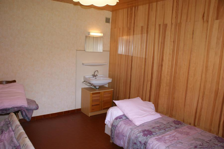 Location au ski Appartement 3 pièces 7 personnes (0843) - Résidence la Touvière - Le Grand Bornand - Lit rabattable