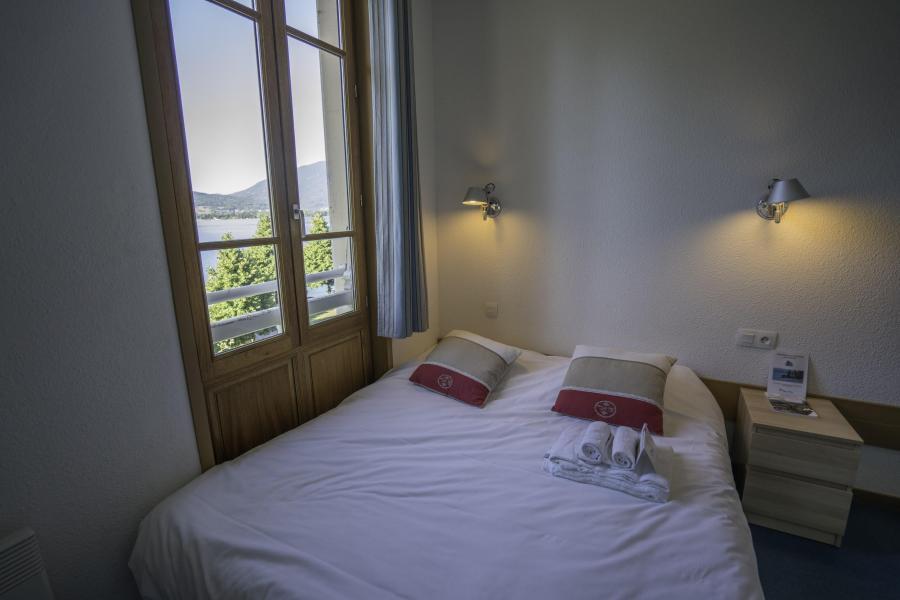 Location chambre 2 personnes menthon saint bernard ski for Chambre 2 personnes