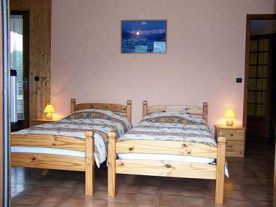 Location au ski Chalet Charvin - Le Grand Bornand - Lit simple