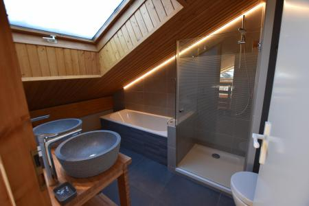 Rent in ski resort 6 room triplex chalet 11 people - Chalet d'Anne - Le Grand Bornand