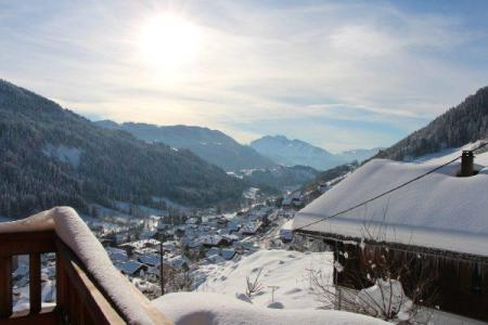 Holiday in mountain resort 2 room apartment cabin 4 people - Chalet Etche Ona - Le Grand Bornand - Winter outside