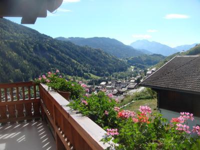 Location au ski Appartement 2 pièces cabine 6 personnes - Chalet Etche Ona - Le Grand Bornand - Balcon