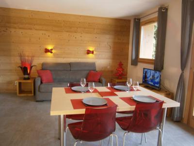 Rent in ski resort Résidence Boiseraie - Le Grand Bornand - Table