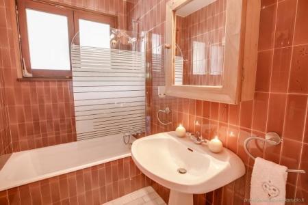 Location au ski Appartement 2 pièces 5 personnes (303) - Residence L'androsace - Le Grand Bornand - Baignoire