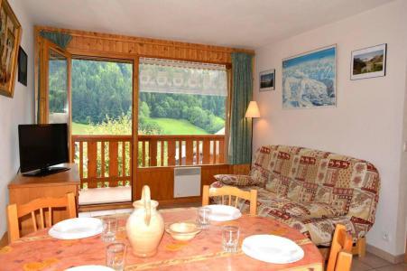 Location au ski Appartement 2 pièces cabine 6 personnes (110) - Residence La Pointe De Chombas - Le Grand Bornand