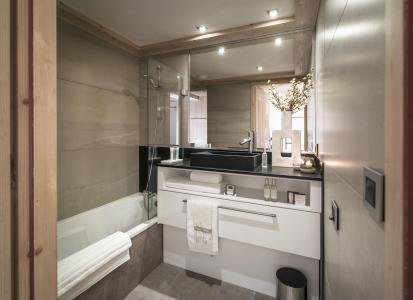 Rent in ski resort Résidence le Roc des Tours - Le Grand Bornand - Bathroom