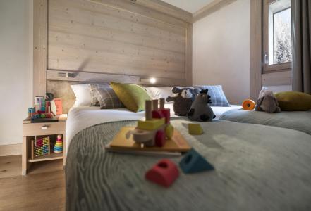 Rent in ski resort Résidence le Roc des Tours - Le Grand Bornand - Bedroom
