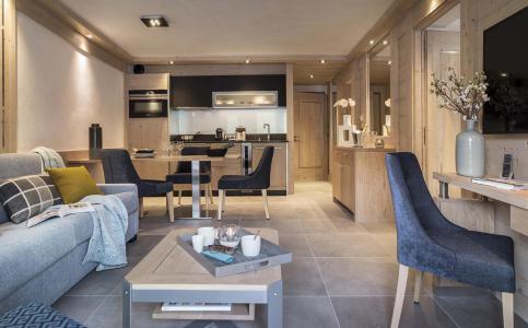 Rent in ski resort Résidence le Roc des Tours - Le Grand Bornand - Living room