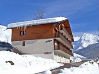 Location au ski Appartement 2 pièces 5 personnes (209) - Residence Les Carlines - Le Grand Bornand - Extérieur hiver