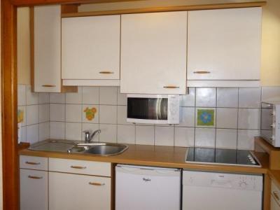 Location au ski Appartement 3 pièces 6 personnes (001) - Residence Les Tilleuls - Le Grand Bornand - Four