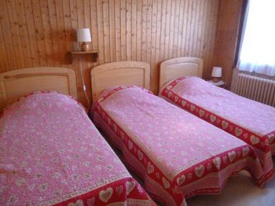 Location au ski Appartement 3 pièces 6 personnes (001) - Residence Les Tilleuls - Le Grand Bornand - Lit simple