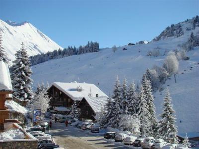 Location au ski Appartement 3 pièces 4 personnes (022) - Residence Village De Lessy - Le Grand Bornand - Extérieur hiver