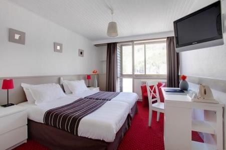 Location au ski Chambre Double/Twin (vue vallée) - Hotel Le Panorama - Mont Dore - Chambre