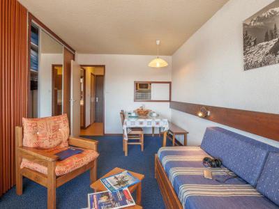 Rent in ski resort Résidence Pierre & Vacances les Mouflons I et II - Le Praz de Lys - Living room