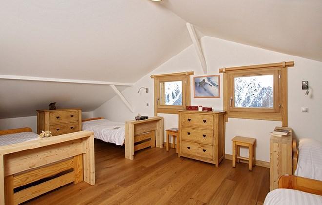 Location au ski Chalet 7 pièces 18 personnes - Chalet La Muzelle - Les 2 Alpes - Chambre mansardée
