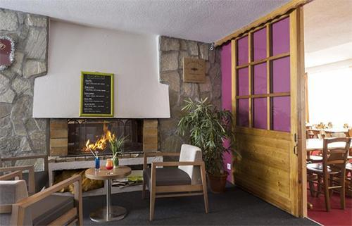 Location au ski Hotel Club Mmv Le Panorama - Les 2 Alpes - Cheminée