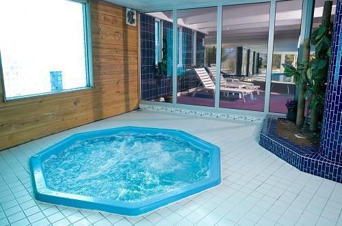 Location au ski Hotel Ibiza - Les 2 Alpes - Jacuzzi
