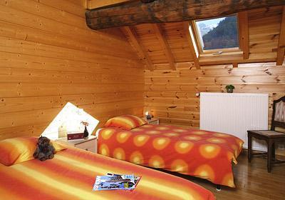 Location au ski Maison 6 pièces 12 personnes - Maison Montagnarde Les Copains - Les 2 Alpes - Chambre mansardée