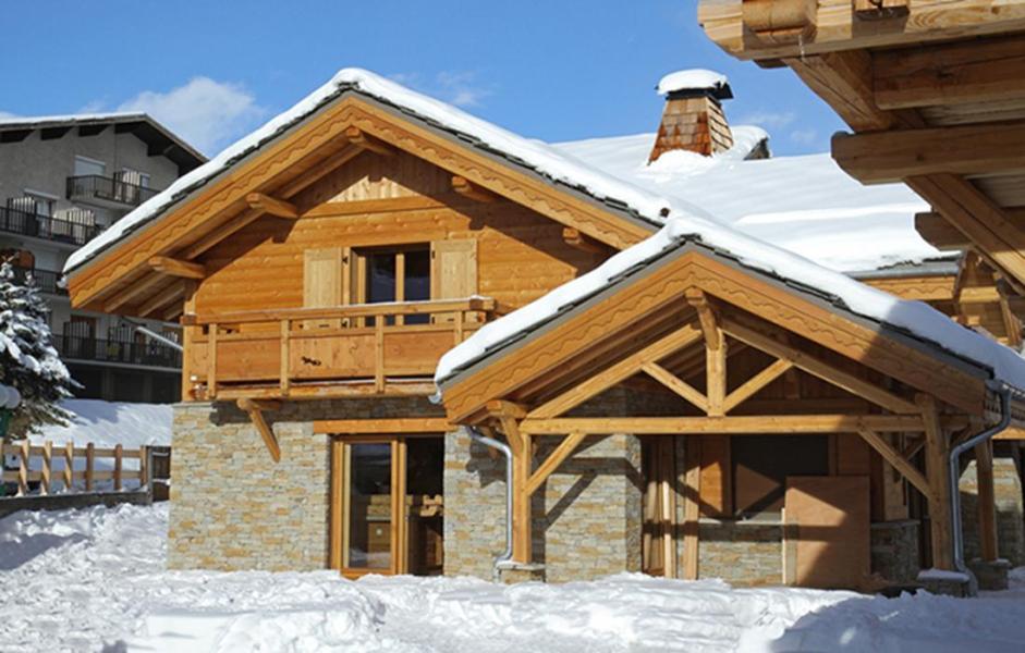 Location au ski Chalet Le Loup Lodge - Les 2 Alpes - Extérieur hiver