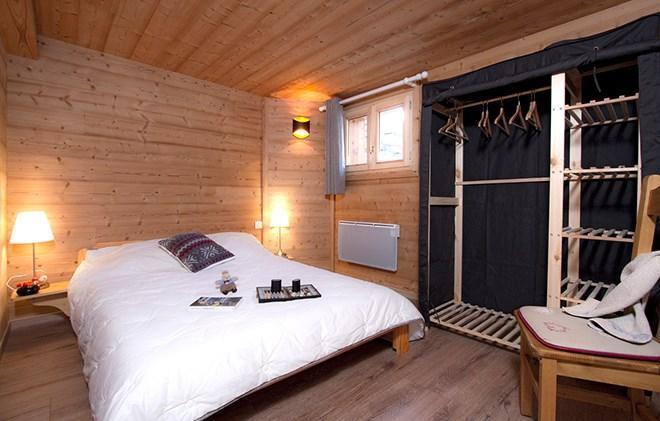 Location au ski Chalet les Jonquilles - Les 2 Alpes - Chambre mansardée
