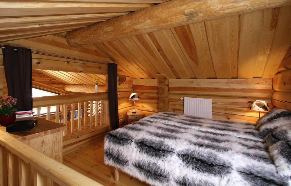 Rent in ski resort Chalet Leslie Alpen - Les 2 Alpes - Double bed