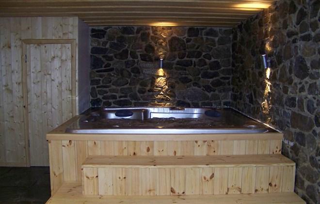 Rent in ski resort Chalet Leslie Alpen - Les 2 Alpes - Jacuzzi