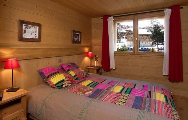 Soggiorno sugli sci Chalet Levanna Orientale - Les 2 Alpes - Letto matrimoniale