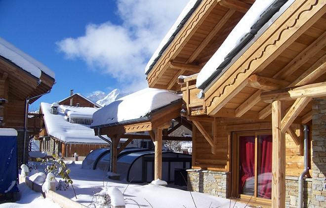 Location au ski Chalet Prestige Lodge - Les 2 Alpes - Extérieur hiver