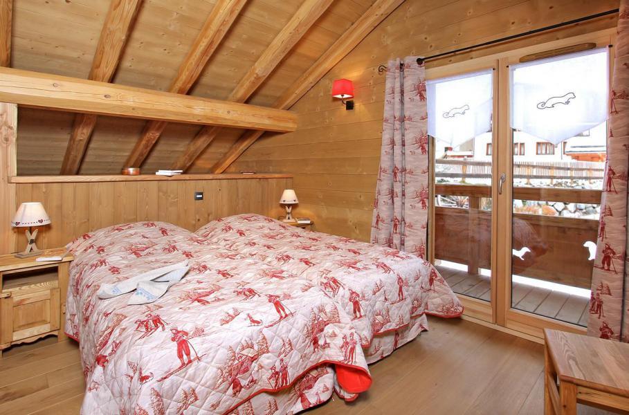 Location au ski Chalet Prestige Lodge - Les 2 Alpes - Chambre mansardée