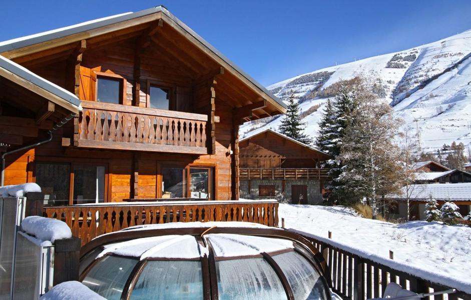 Vacances en montagne Chalet Soleil Levant - Les 2 Alpes - Extérieur hiver