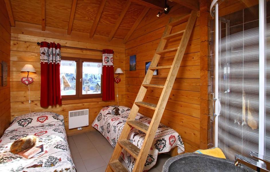 Location au ski Chalet Soleil Levant - Les 2 Alpes - Escalier