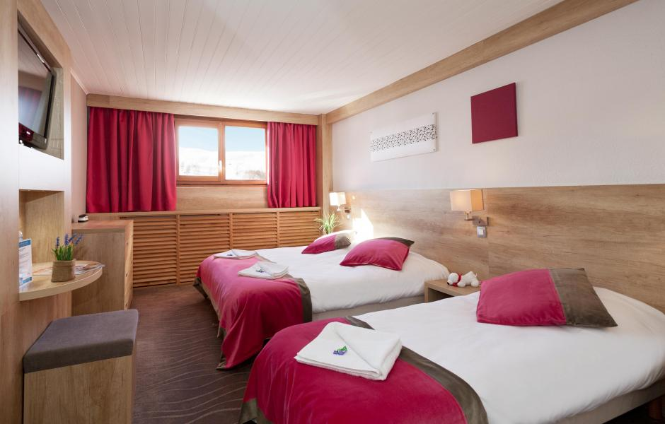 Rental Room 3 People  2 Adults   1 Child -12yo  To Les 2 Alpes