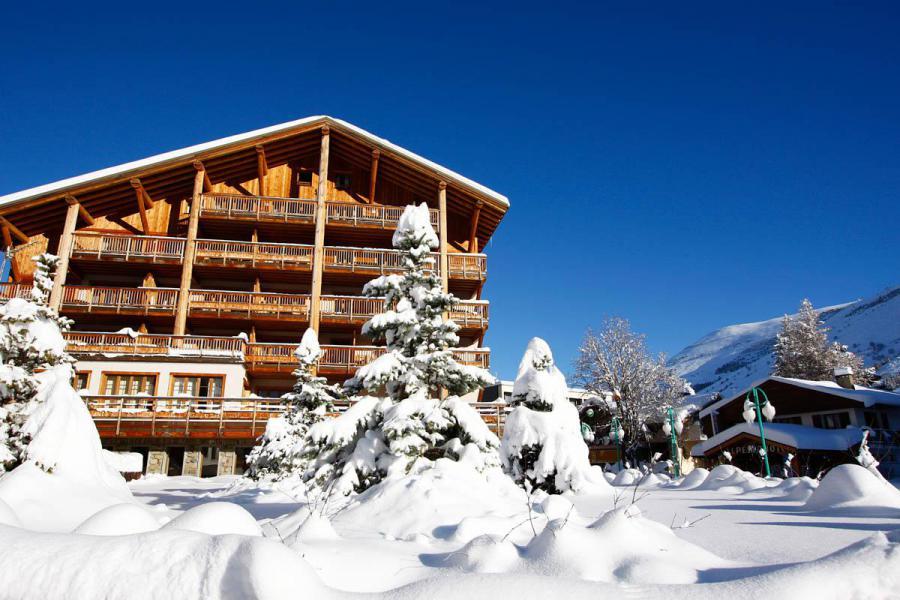 Location au ski Résidence Cortina - Les 2 Alpes - Extérieur hiver