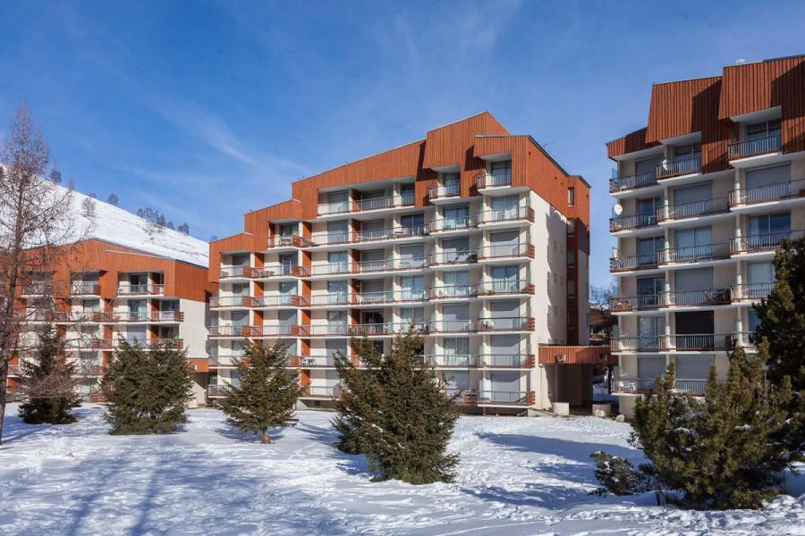 Vacances en montagne Résidence Côte Brune 2 - Les 2 Alpes - Extérieur hiver