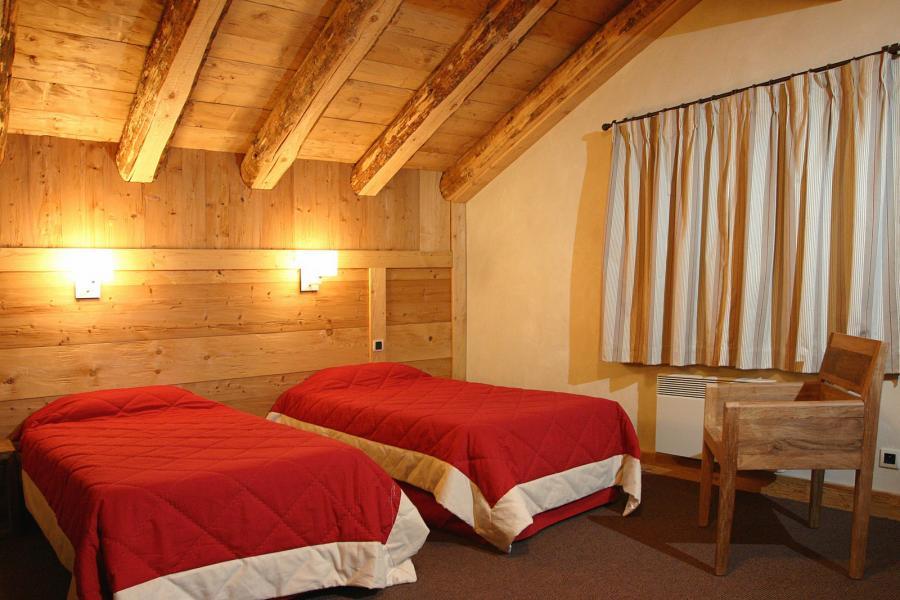 Location au ski Résidence le Cortina - Les 2 Alpes - Chambre mansardée