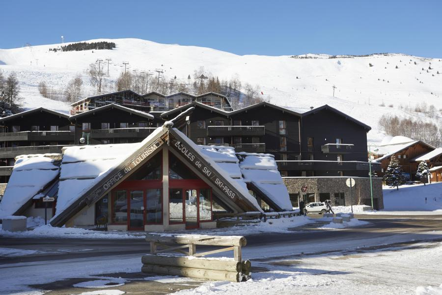 Location au ski Résidence Le Hameau - Les 2 Alpes - Extérieur hiver