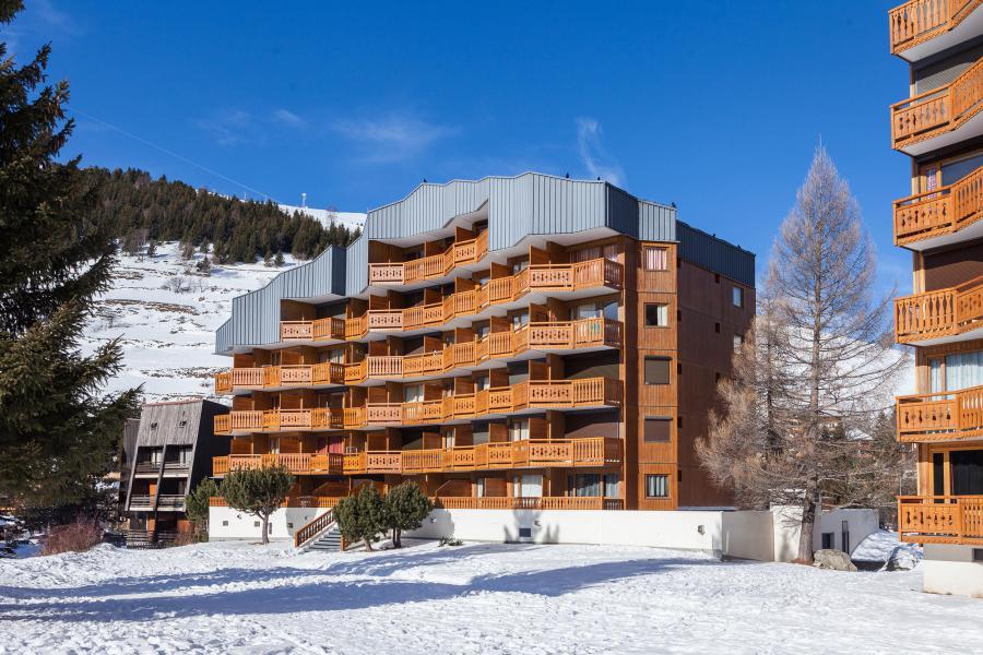 Rent in ski resort Résidence Plein Sud - Les 2 Alpes - Winter outside