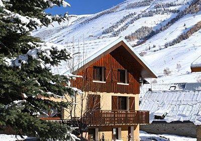 Location au ski Chalet Alpina - Les 2 Alpes - Extérieur hiver
