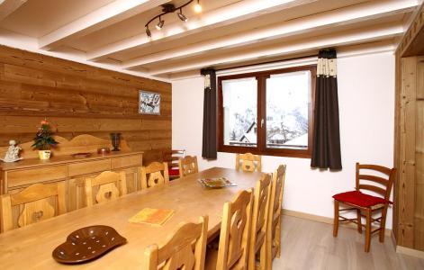 Location au ski Chalet Alpina - Les 2 Alpes - Table