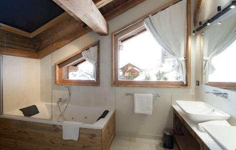 Rent in ski resort Chalet le Lys - Les 2 Alpes - Bath-tub