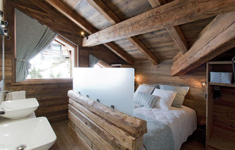 Rent in ski resort Chalet le Lys - Les 2 Alpes - Bedroom
