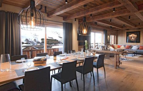 Rent in ski resort Chalet le Lys - Les 2 Alpes - Dining area